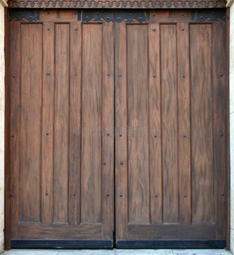 Puerta de madera vieja foto de archivo libre de regalías