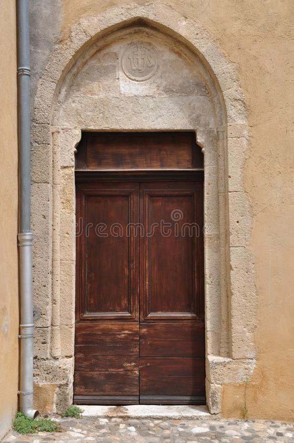 Puerta de madera vieja imágenes de archivo libres de regalías