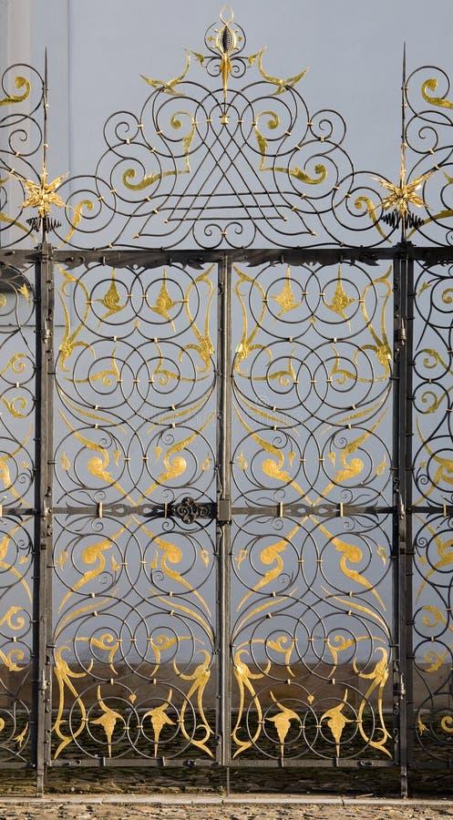 Puerta de oro fotos de archivo libres de regalías