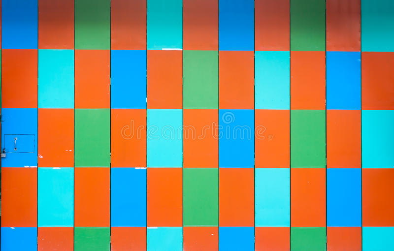 Puerta de plegamiento con colorido fotos de archivo