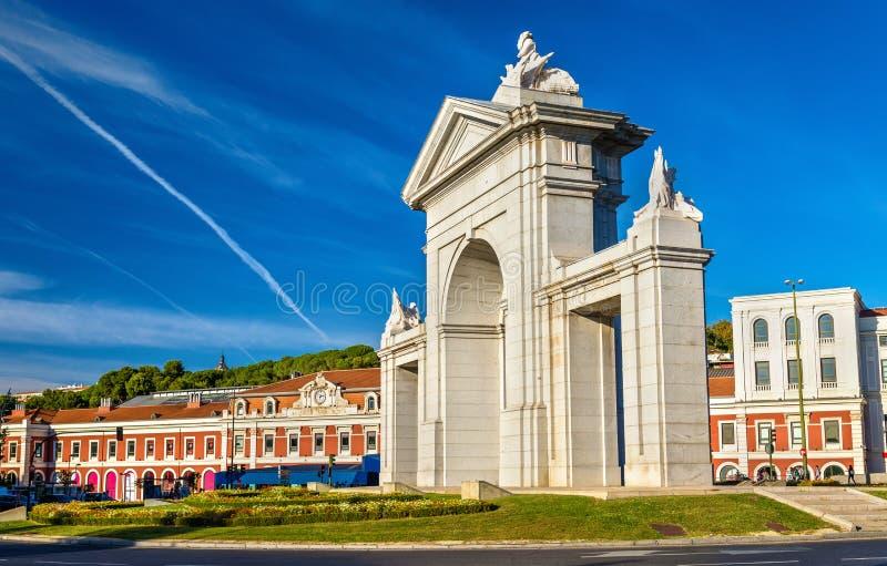 Puerta de San Vicente, una de puertas antiguas a Madrid imágenes de archivo libres de regalías