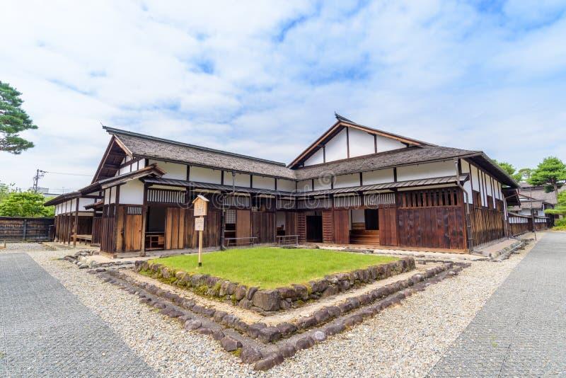 Puerta de Takayama Jinya, puesto avanzado anterior del gobierno foto de archivo
