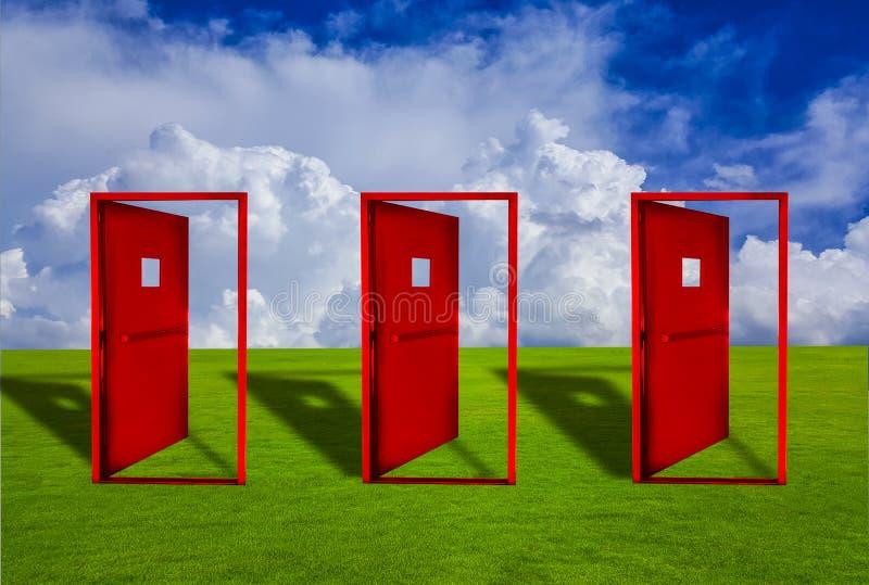 Puerta de tres rojos colocada en un césped al aire libre con el piso del cielo azul libre illustration