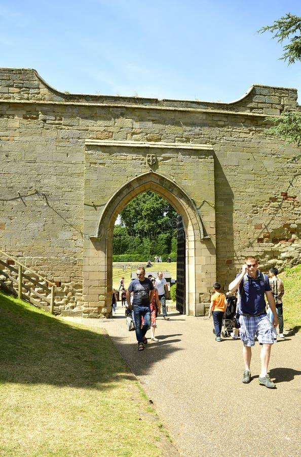 Puerta del castillo de Warwick fotografía de archivo libre de regalías