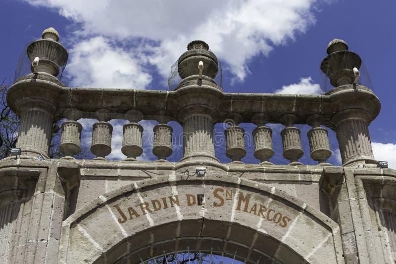 Puerta del jardín de San Marcos imagen de archivo libre de regalías