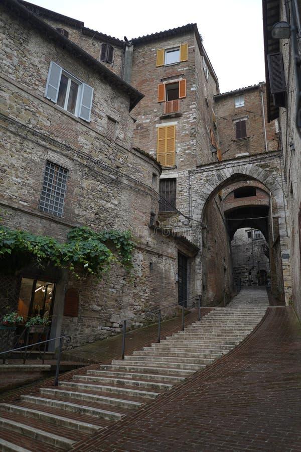 Puerta del santo Ercolano en Perugia foto de archivo