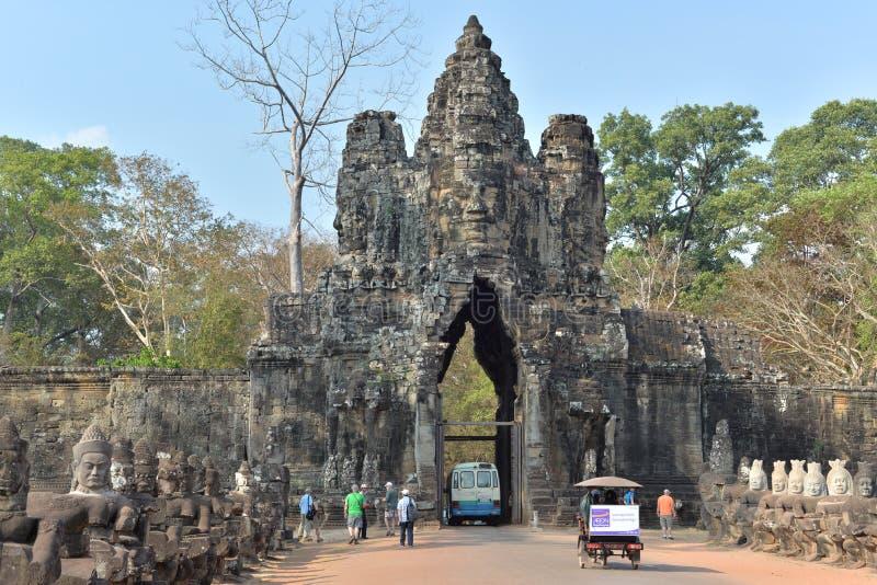 Puerta del sur de Angkor Thom imagenes de archivo