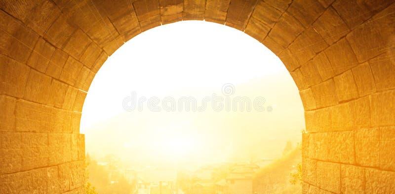 Puerta del túnel imagenes de archivo