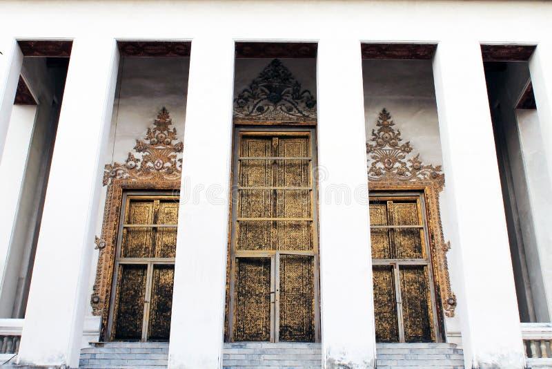Puerta del templo de Buddha imágenes de archivo libres de regalías