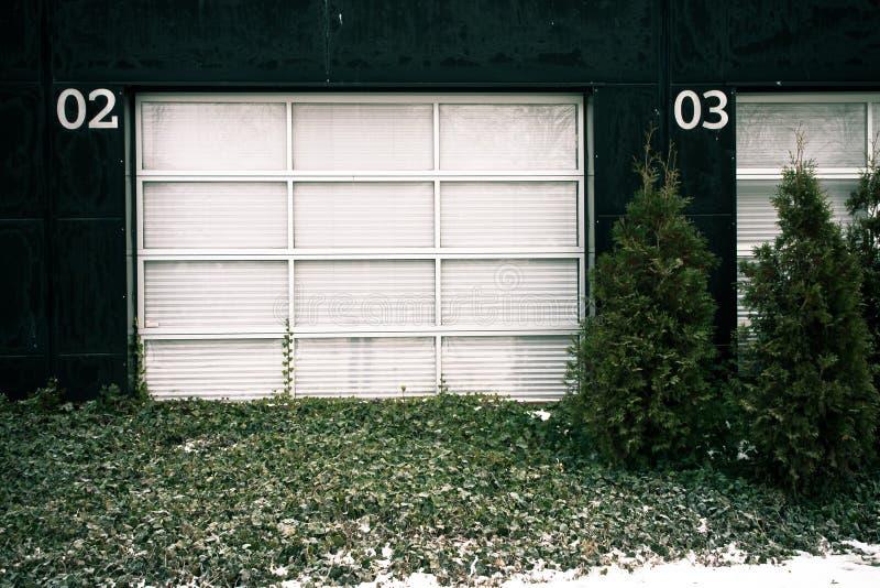 Puerta fuera de servicio del garage fotos de archivo libres de regalías