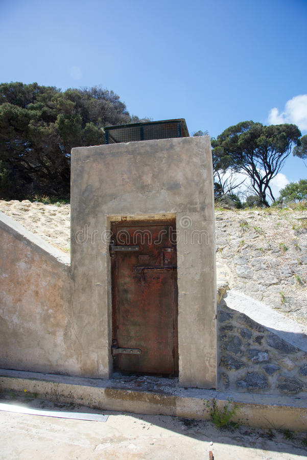 Puerta histórica del compuesto del ejército imagenes de archivo