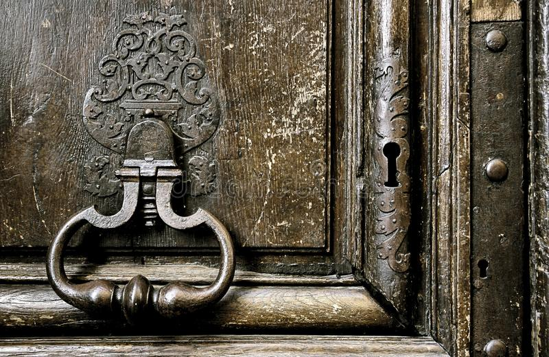 Puerta medieval (detalle) imagenes de archivo