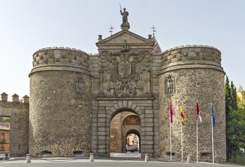 Puerta Nueva de Bisagra, in Toledo, Spanien stockfotografie