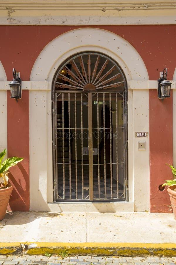Puerta ornamental en San Juan viejo fotos de archivo libres de regalías
