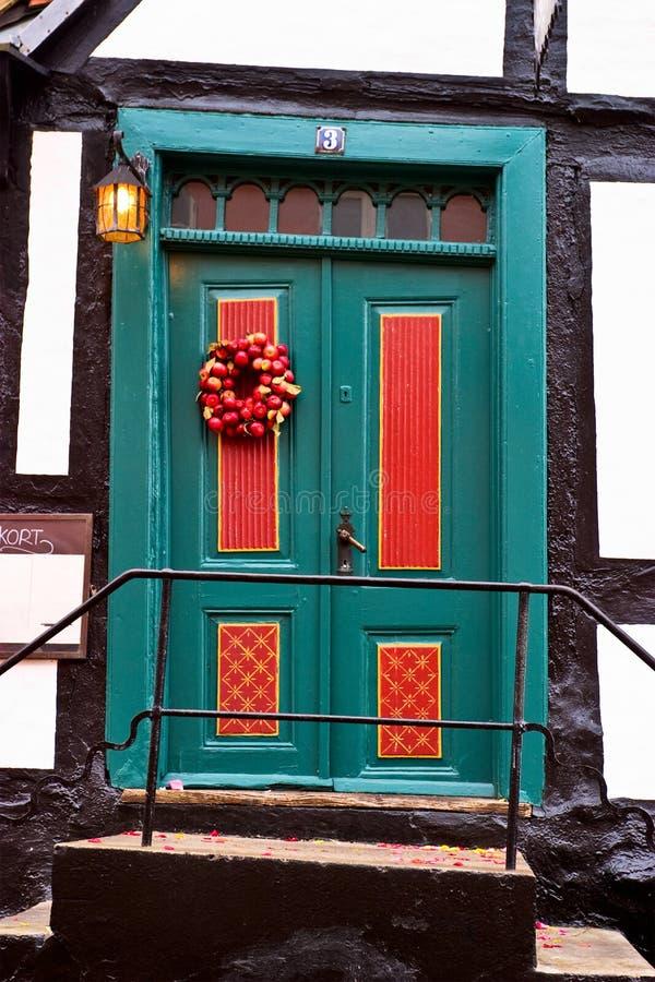 Download Puerta pintoresca foto de archivo. Imagen de cabina, medio - 64206620