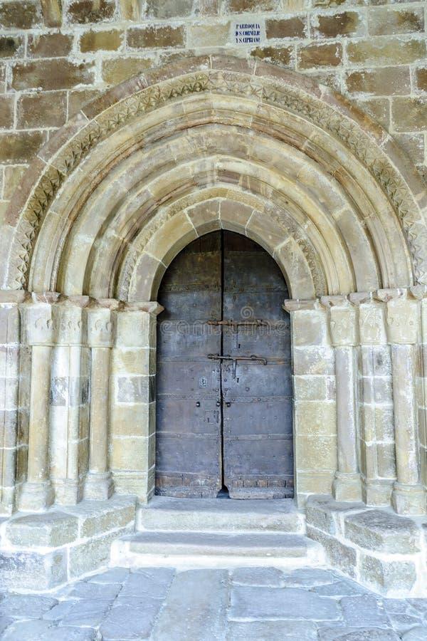 Puerta Románica imágenes de archivo libres de regalías