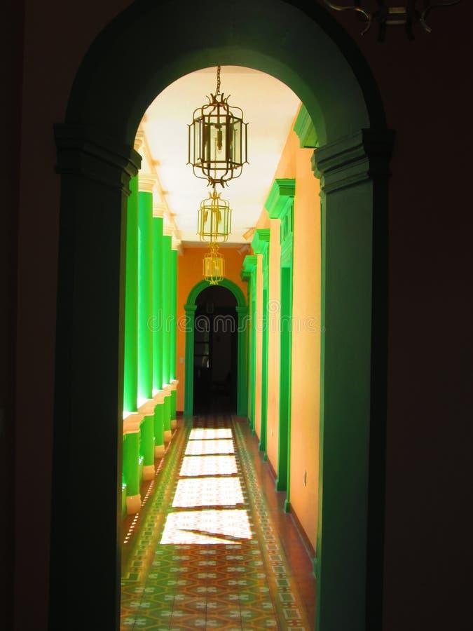 Un museo muy colonial !. Puerta sobre la historia en un museo casa colonial en Sucre royalty free stock photography