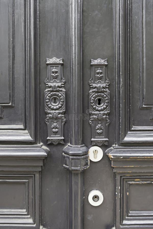 Puerta vieja adornada fotografía de archivo libre de regalías