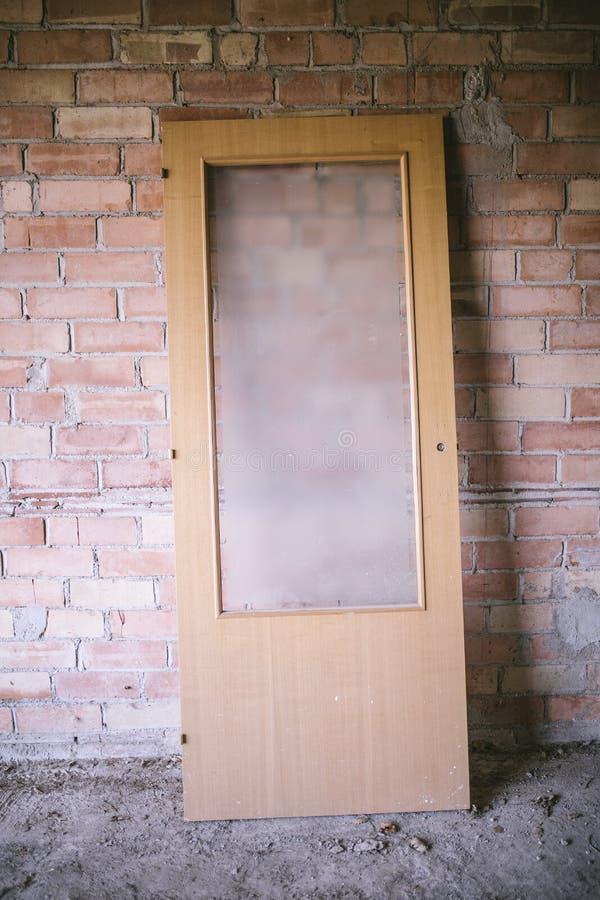 Puerta vieja del vidrio imágenes de archivo libres de regalías