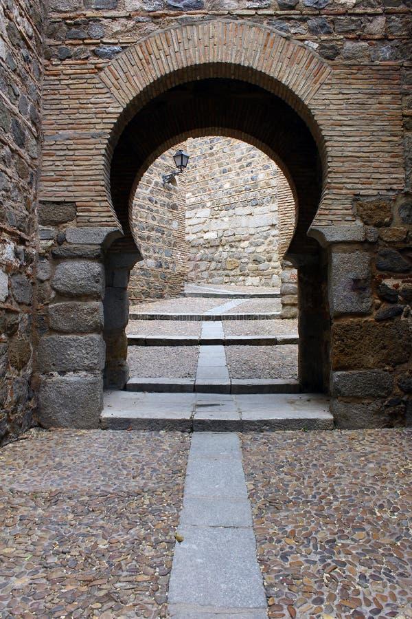 Puerta vieja, Toledo, España imagen de archivo