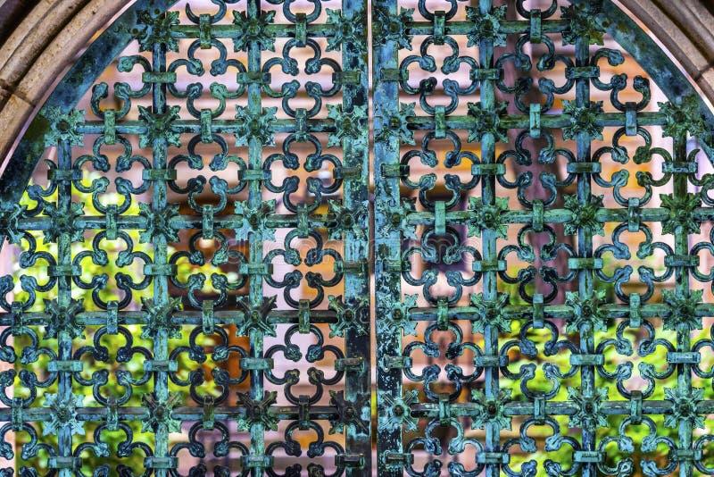 Puerta Yale University New Haven Connecticut del hierro foto de archivo