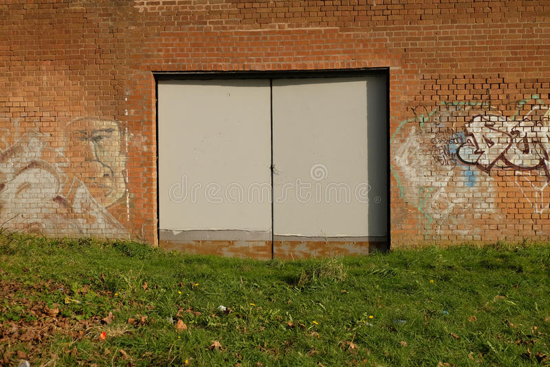 Puertas de acero fotografía de archivo
