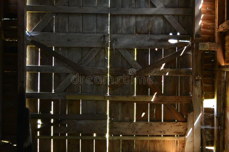 Puertas de granero viejas fotografía de archivo libre de regalías