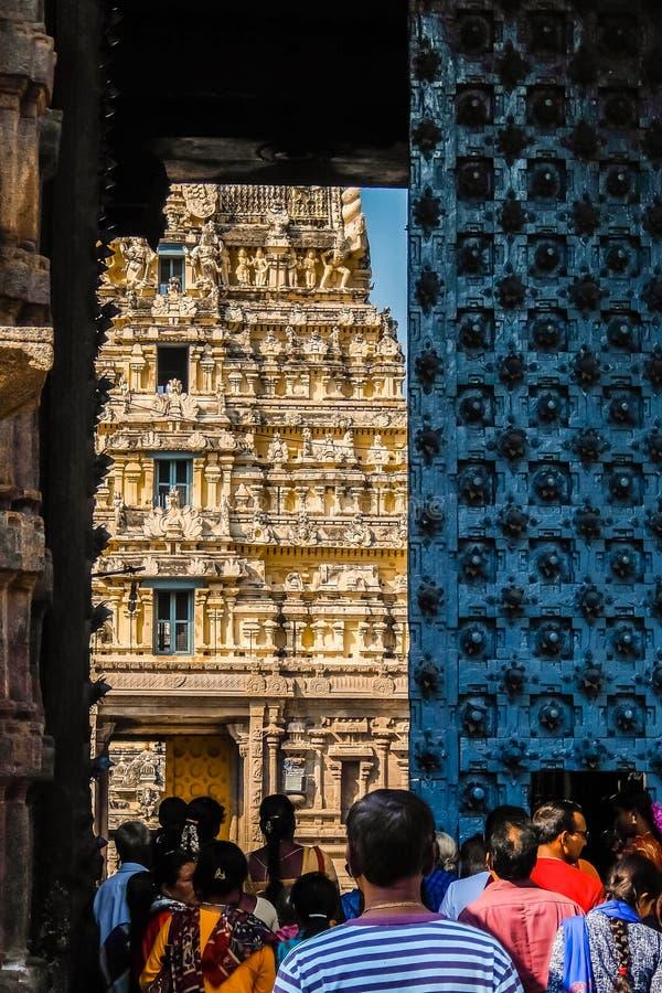 Puertas de la entrada del templo de Sri Jalakandeswarar en Vellore fotos de archivo