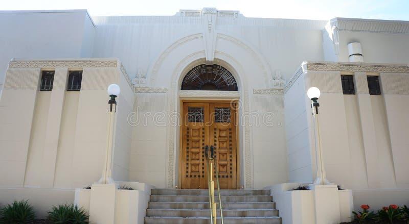 Puertas de madera del estilo de Art Deco fotografía de archivo libre de regalías