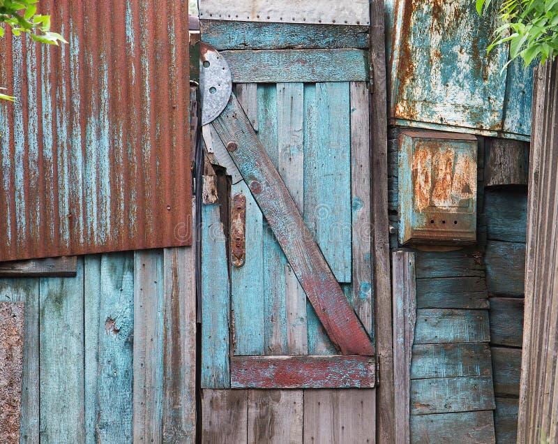 Puertas de madera viejas textura o fondo imagen de for Puertas viejas de madera