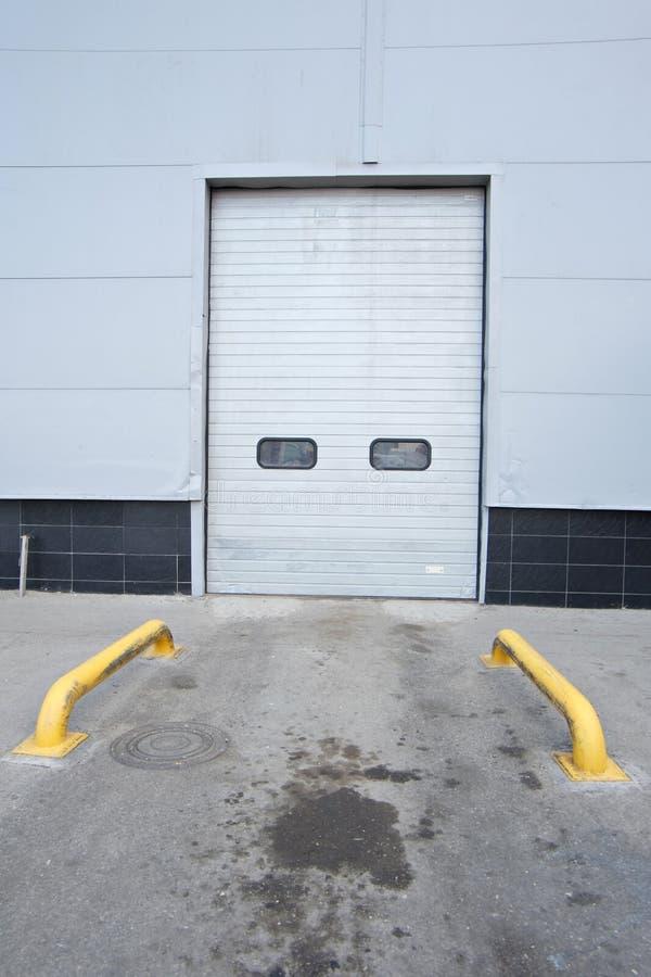 Puertas del almacén fotografía de archivo