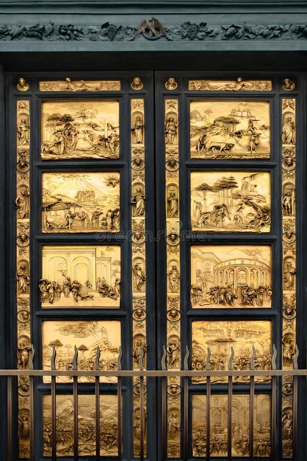 Puertas del paraíso con la biblia, Florencia fotografía de archivo libre de regalías