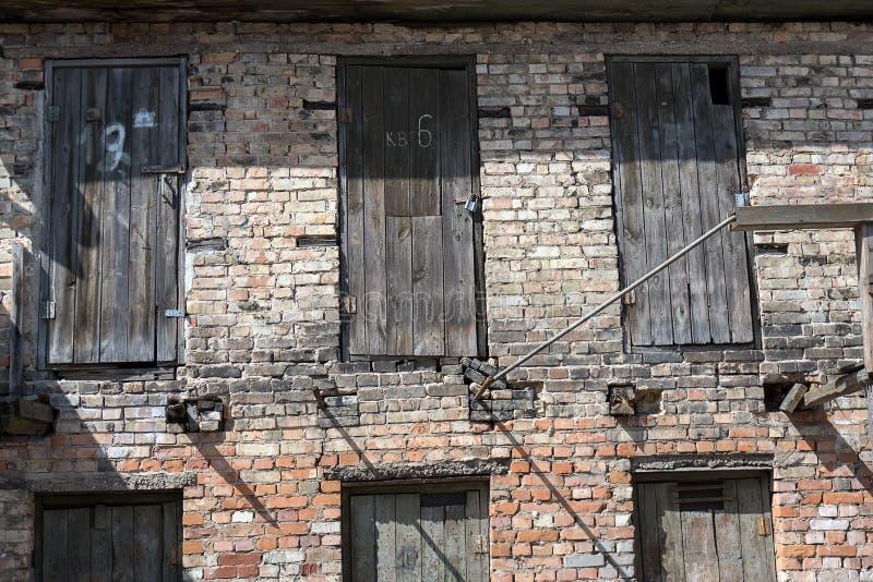 Puertas viejas fotografía de archivo libre de regalías