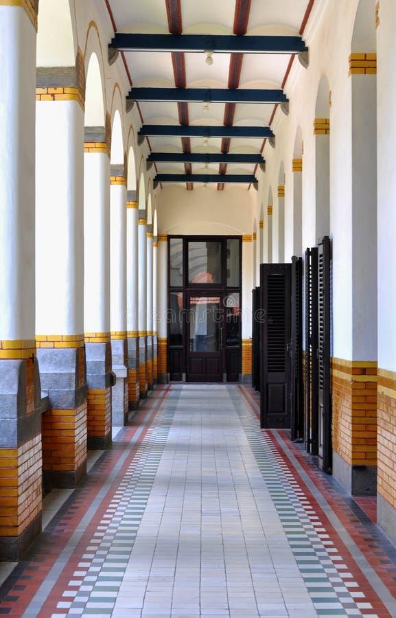 Puertas y construcción de los vestíbulos fotos de archivo libres de regalías