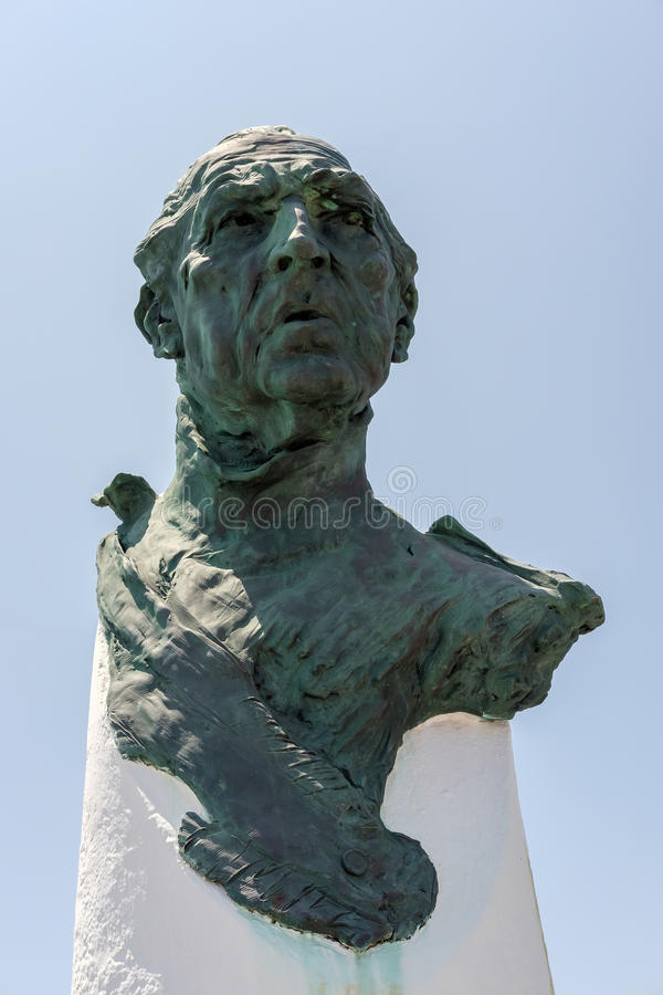 PUERTO BANUS ANDALUCIA/SPAIN - MAJ 26: Hängiven monument att göra royaltyfria bilder