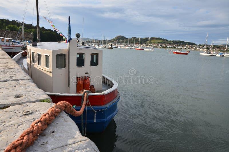 Puerto conwy imagenes de archivo