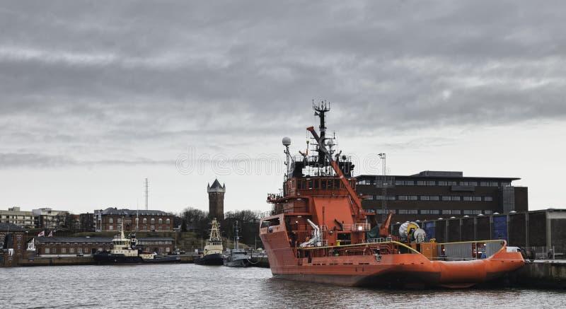 Puerto costero en Esbjerg, Dinamarca imágenes de archivo libres de regalías