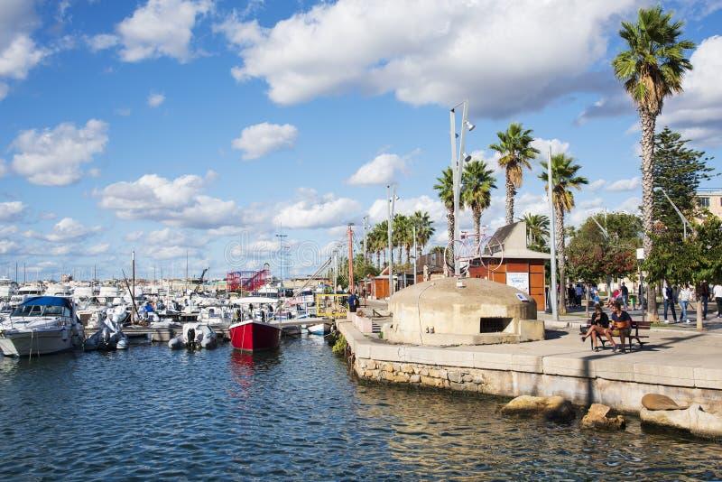 Puerto de Alghero, Cerdeña, Italia imágenes de archivo libres de regalías