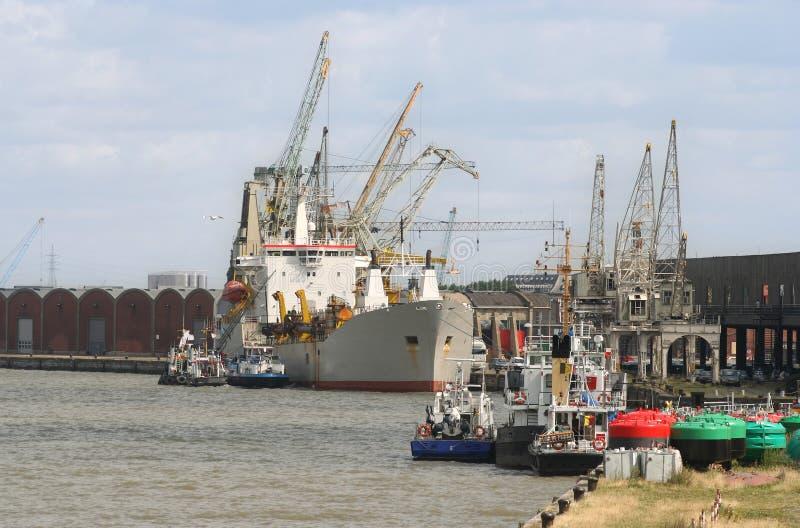 Puerto de Amberes foto de archivo