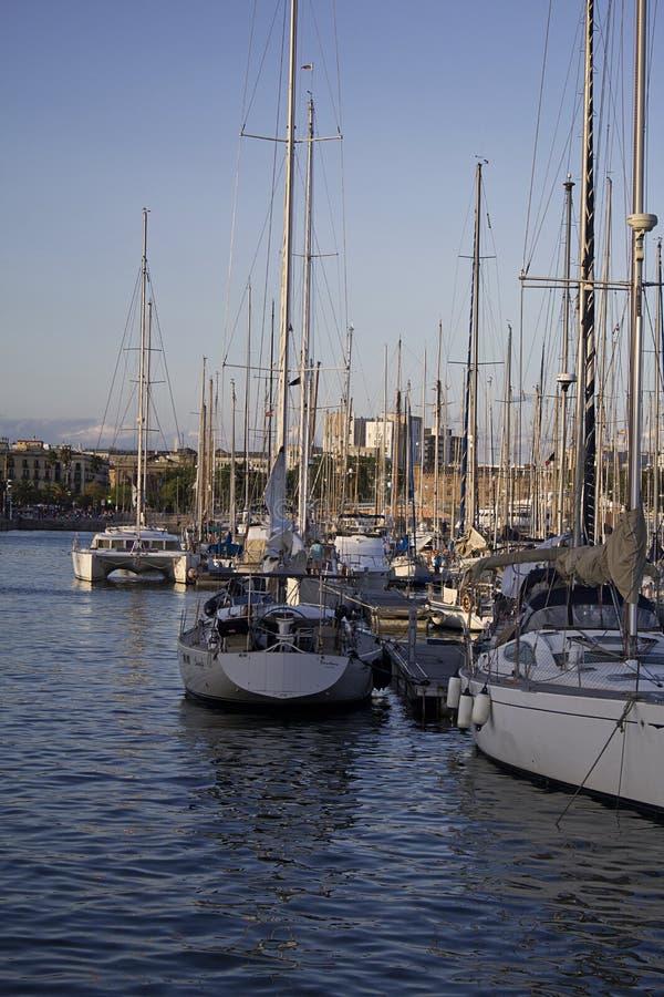 Puerto de Barcelona fotos de archivo libres de regalías
