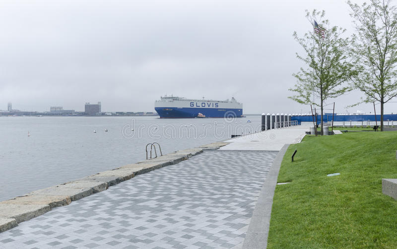 Puerto de Boston del buque de carga fotos de archivo libres de regalías