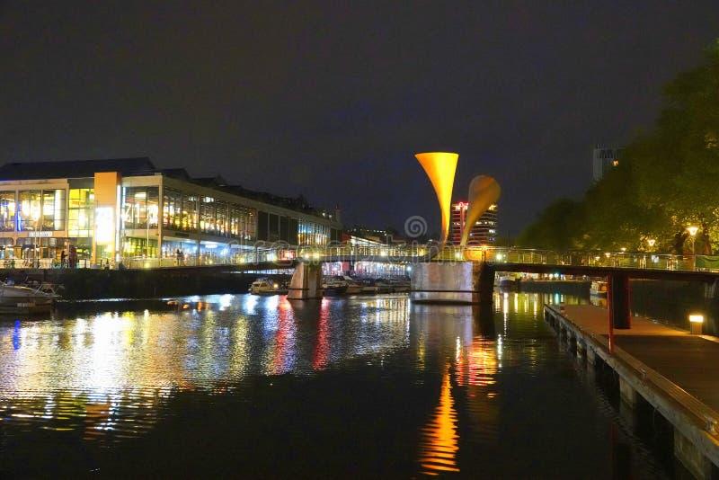 Puerto de puerto de Bristol en la noche fotografía de archivo