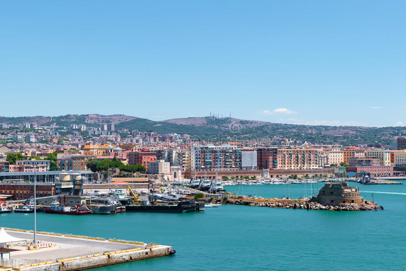 Puerto de Civitavecchia fotos de archivo
