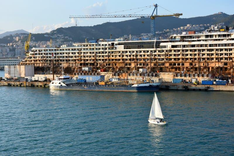 Puerto de Génova imagen de archivo