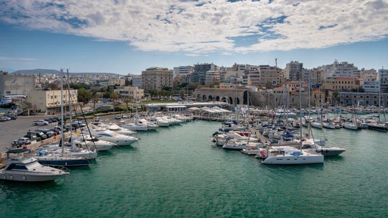 Puerto de Heraklion, Creta, Grecia imagen de archivo libre de regalías