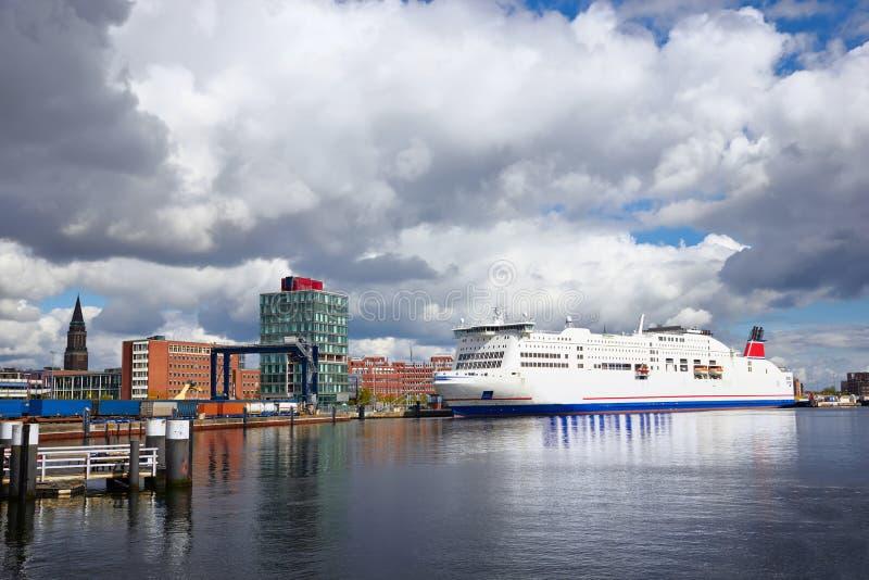 Puerto de Kiel - Alemania, Schleswig-Holstein imagen de archivo libre de regalías