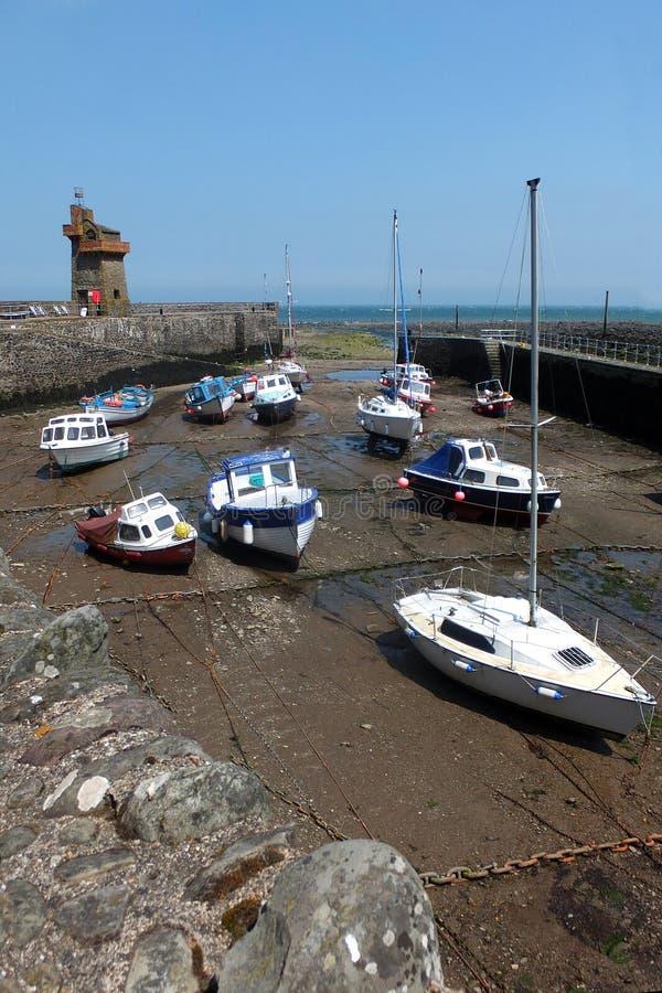 Puerto de Lynmouth con marea baja foto de archivo libre de regalías