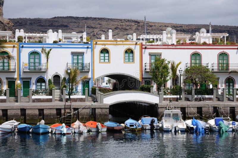 Puerto de Mogan, canario magnífico imagen de archivo libre de regalías