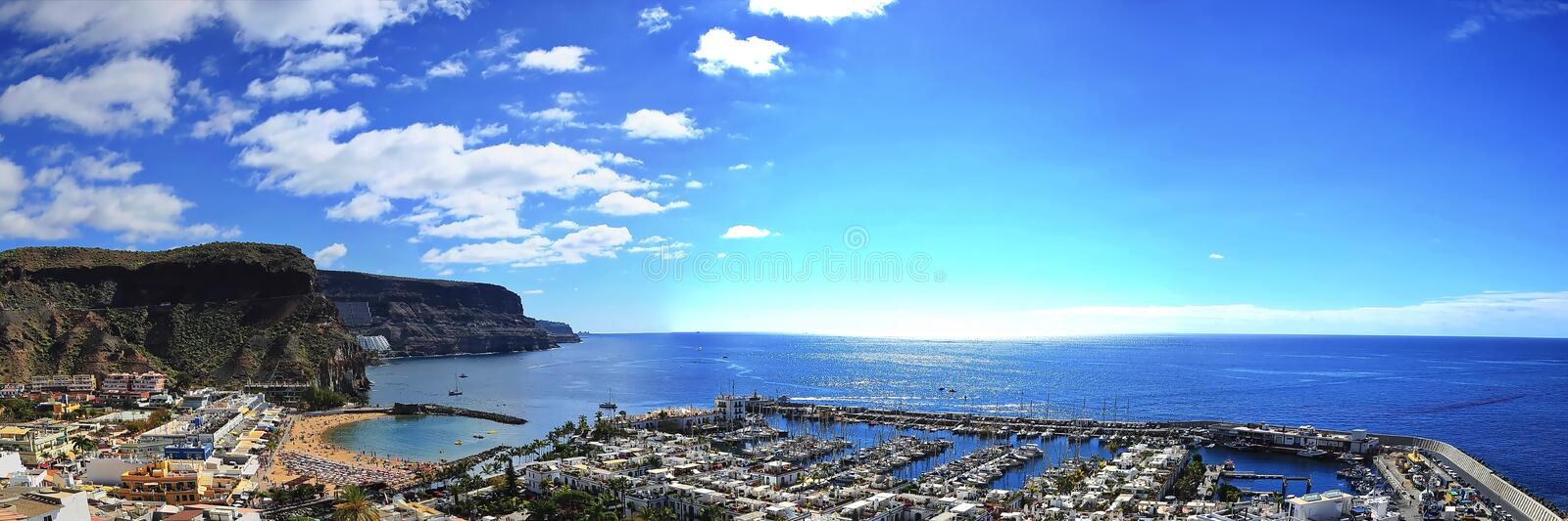 Puerto de Mogan sur Gran Canaria photo stock