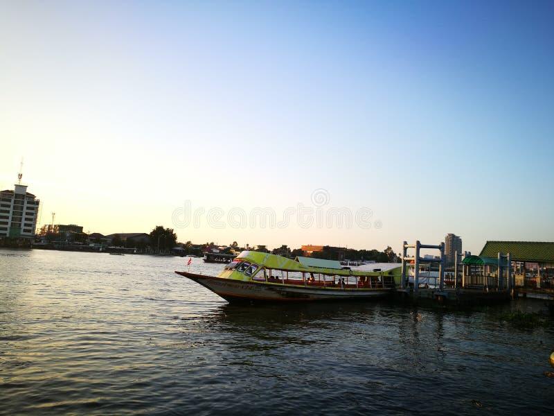 Puerto de Nonthaburi fotos de archivo libres de regalías